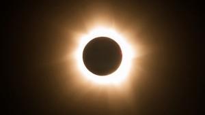Aveti grija la eclipsa de soare
