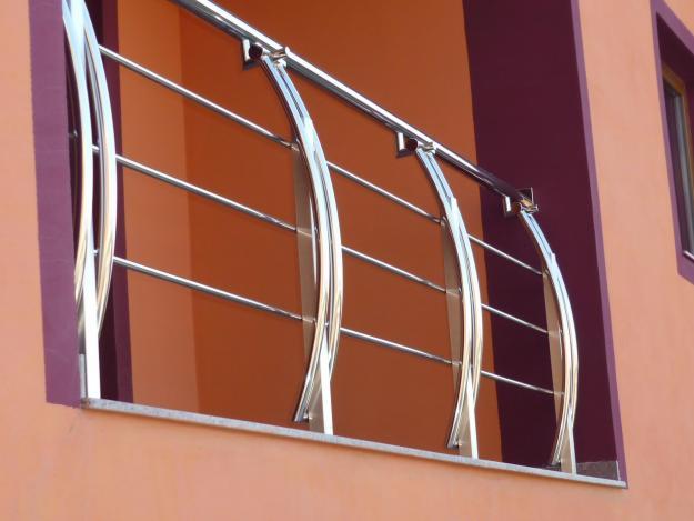 Balustrade din inox pentru amenajari exterioare si interioare