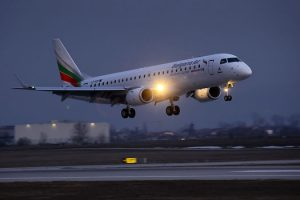 1st-e190-for-bulgaria-air_pics217-21700