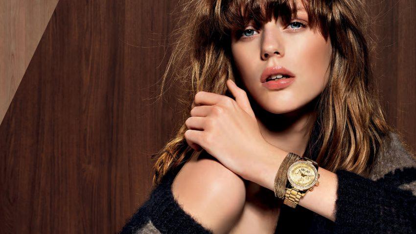Femeie ceas