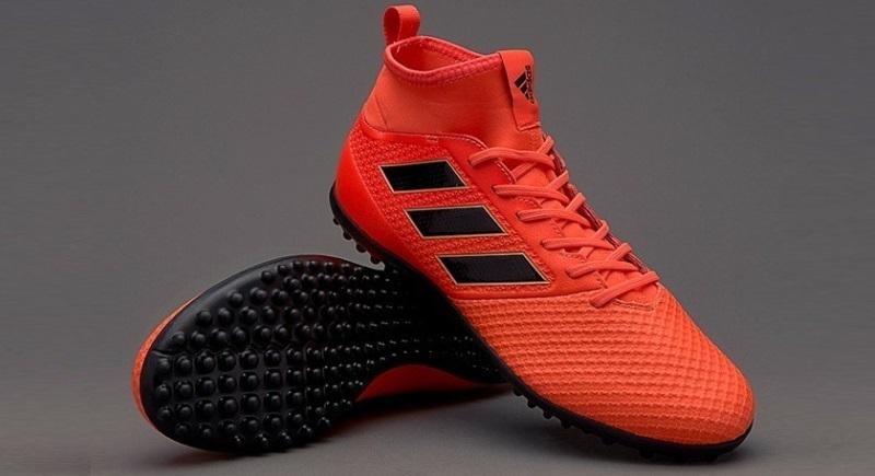 Ghete Fotbal Adidas Ace Tango